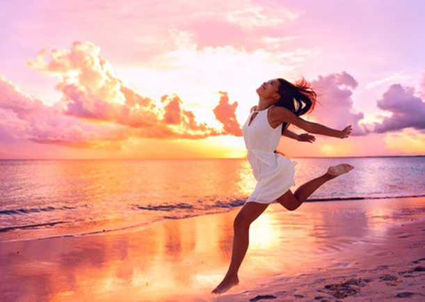 BEAUTY AND HEALTH. Summer Scape: Tips for a Beautiful, Carefree Summer Season